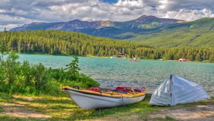 Kayaks at Maligne Lake at Jasper National Park, Alberta, Canada